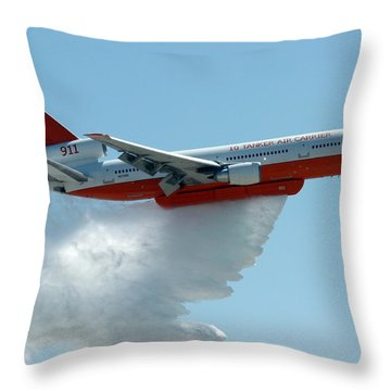 Dc10 Aerial Tanker Dropping Water Throw Pillow