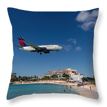 Delta 737 St. Maarten Landing Throw Pillow by David Gleeson