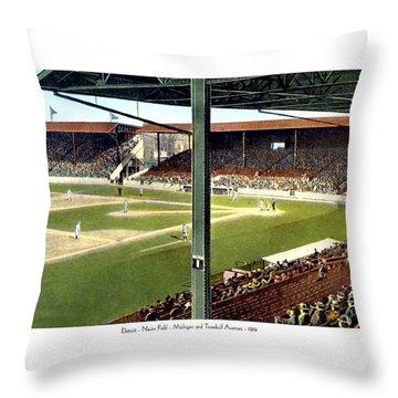 Detroit - Navin Field - Detroit Tigers - Michigan And Trumbull Avenues - 1914 Throw Pillow