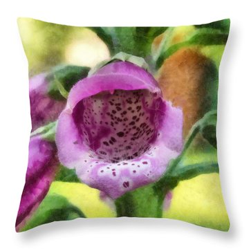 Digitalis Purpurea Throw Pillow
