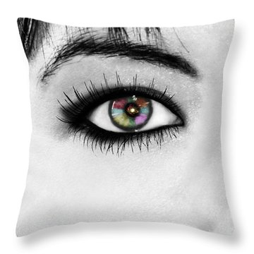 Throw Pillow featuring the photograph Discernment by Ester  Rogers