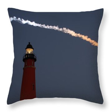 Throw Pillow featuring the photograph Discovery Sunset Plume by Paul Rebmann
