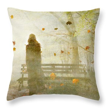 Don't Look Back ... Throw Pillow