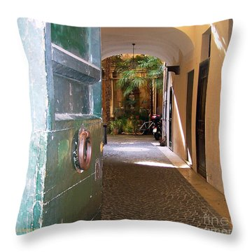 Door In Florence Throw Pillow