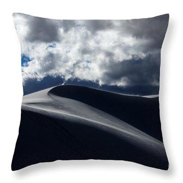 Drama On The Rim Throw Pillow by Vivian Christopher
