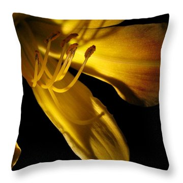 Dramatic Lily Throw Pillow