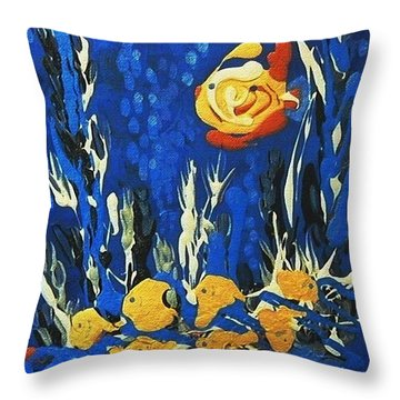 Drizzlefish Throw Pillow