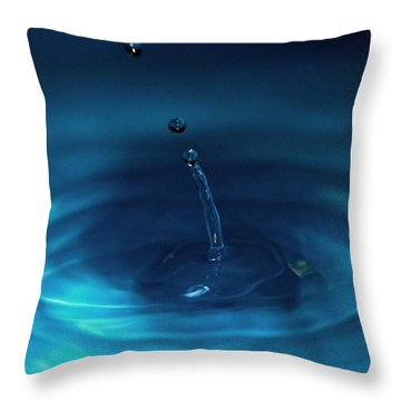 Drops Of Water  - Water Droplet Abstract Art Throw Pillow by Ramabhadran Thirupattur
