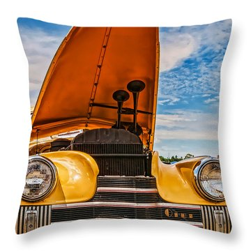 Dual Horn Olds Throw Pillow
