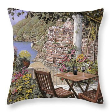 due bicchieri a Positano Throw Pillow