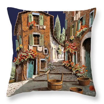 Due Strade Al Mattino Throw Pillow