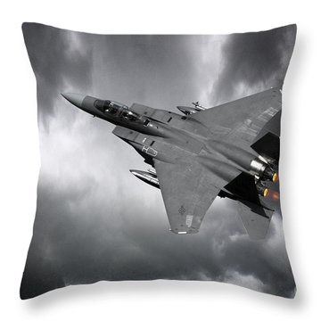 F15 Throw Pillows
