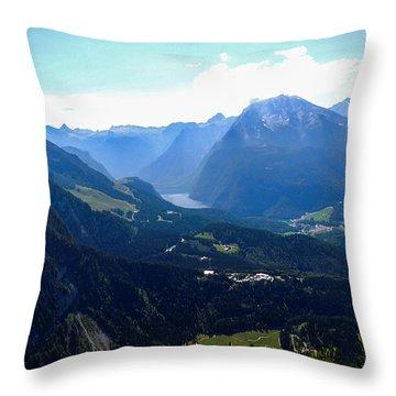 Eagle's Nest Vista Throw Pillow