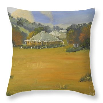 Early Morning At Sofala Throw Pillow
