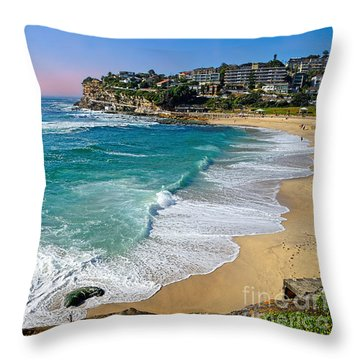 Early Morning Bronte Beach By Kaye Menner Throw Pillow