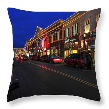 D65l-123 Easton Town Center Photo Throw Pillow
