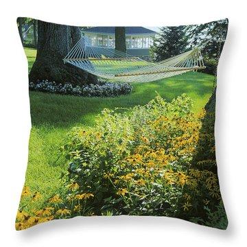 Easy Living - Lake Geneva Wisconsin Throw Pillow