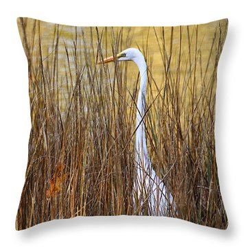 Throw Pillow featuring the photograph Egret In The Grass by William Selander