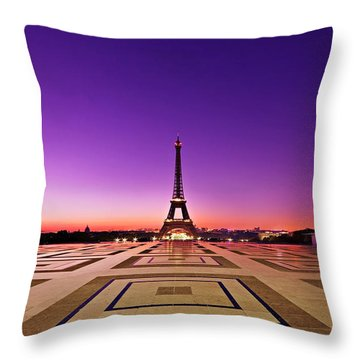 Throw Pillow featuring the photograph Eiffel Tower At Dawn / Paris by Barry O Carroll