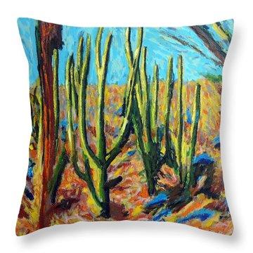 El Bosque Del Desierto Throw Pillow