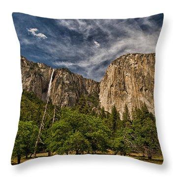 El Capitan And Ribbon Falls Throw Pillow
