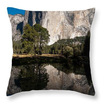 El Capitan In Yosemite 2 Throw Pillow