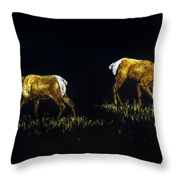 Elk Bulls Throw Pillow