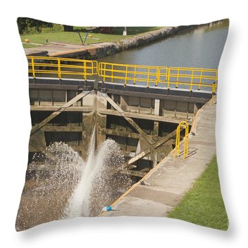 Throw Pillow featuring the photograph Erie Canal Lock by William Norton
