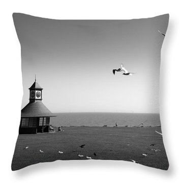 Esplended Gulls Throw Pillow