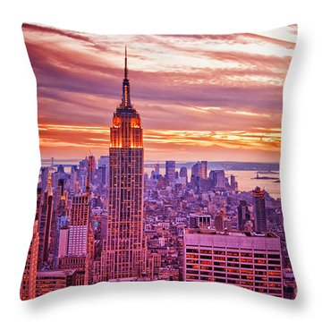 Evening In New York City Throw Pillow