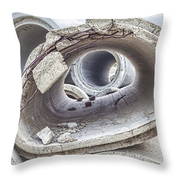 Eye Of The Saur Throw Pillow