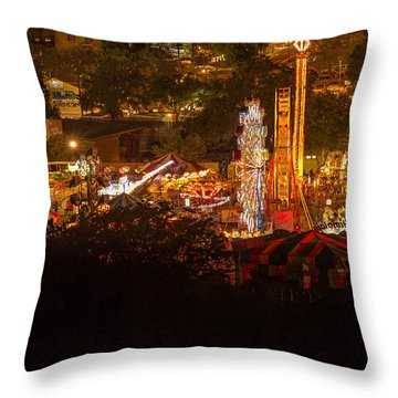 Fair Time In Paso Robles Throw Pillow