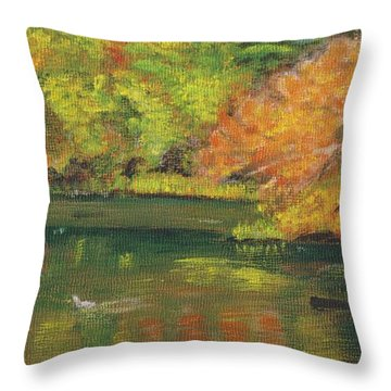 Fall At Dorrs Pond Throw Pillow
