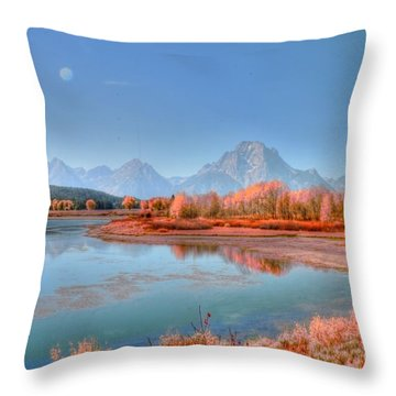 Fall At Oxbow Bend Throw Pillow by Kathleen Struckle