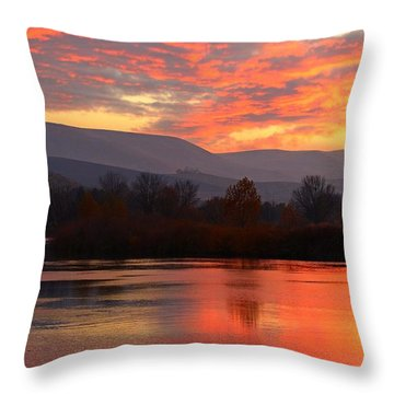 Throw Pillow featuring the photograph Fall Sunset by Lynn Hopwood