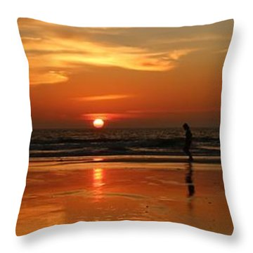 Family Reflections At Sunset - 4 Throw Pillow