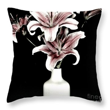 Fancy Bouquet Throw Pillow
