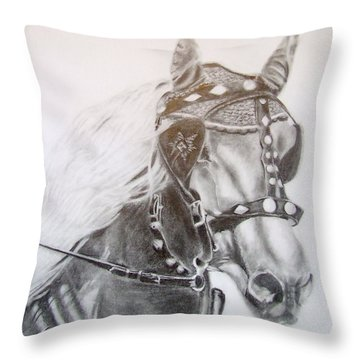 Fer A Cheval Throw Pillow