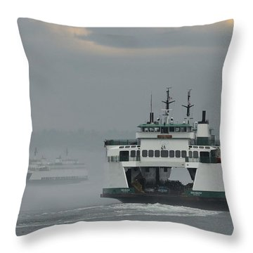 Throw Pillow featuring the photograph Ferries Pass In The Fog by E Faithe Lester