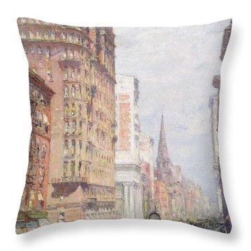 Fifth Avenue New York City 1906 Throw Pillow