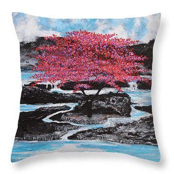 Finding Beauty In Solitude Throw Pillow