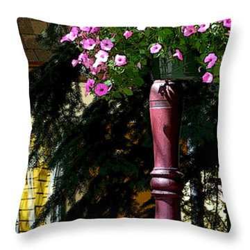 Flag And Flowers 6110 Pe Throw Pillow