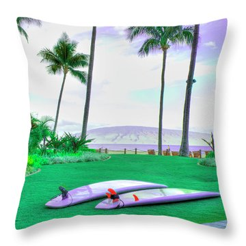 Flat Day Throw Pillow by Arthur Fix