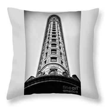 Flatiron Building - Prow Throw Pillow