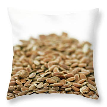 Linus Throw Pillows
