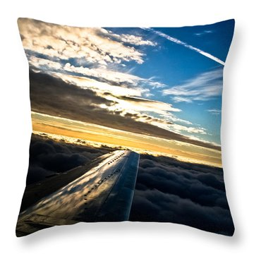 Flight 777 Throw Pillow