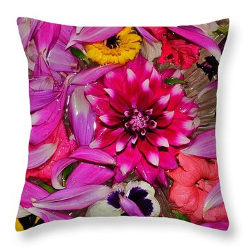 Flower Offerings - Jabalpur India Throw Pillow