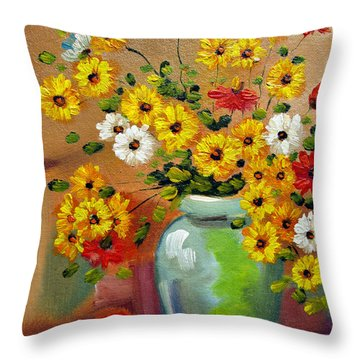 Flowers - Still Life Throw Pillow