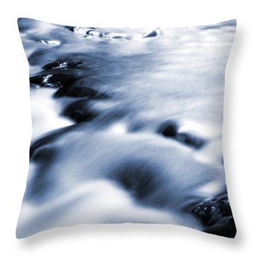 Flowing Stream Throw Pillow by Les Cunliffe