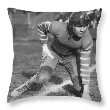 Football Fullback Player Throw Pillow by Underwood Archives